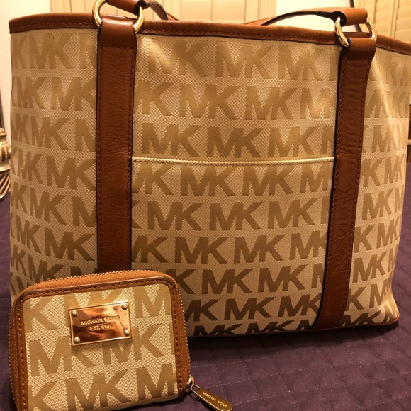 Michael Kors Handbags - Must Go! Michael Kors Monogram Tote and Wallet